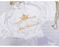 """Шелковый именной халат белый с вышивкой """"Корона 3 с вензелем и фамилией"""""""