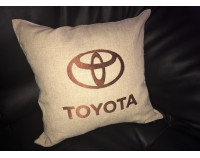 "Автоподушка декоративная c логотипом ""Toyota"""