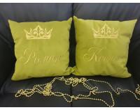 Парные именные подушки из флока с вышивкой имен